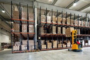 difference between inventory management and warehouse management
